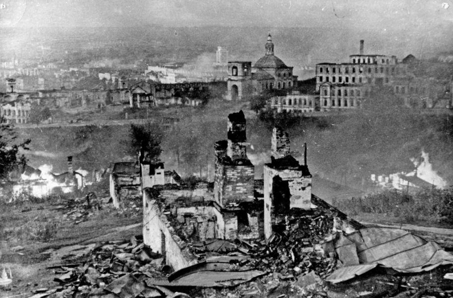 Освобожден город Смоленск.