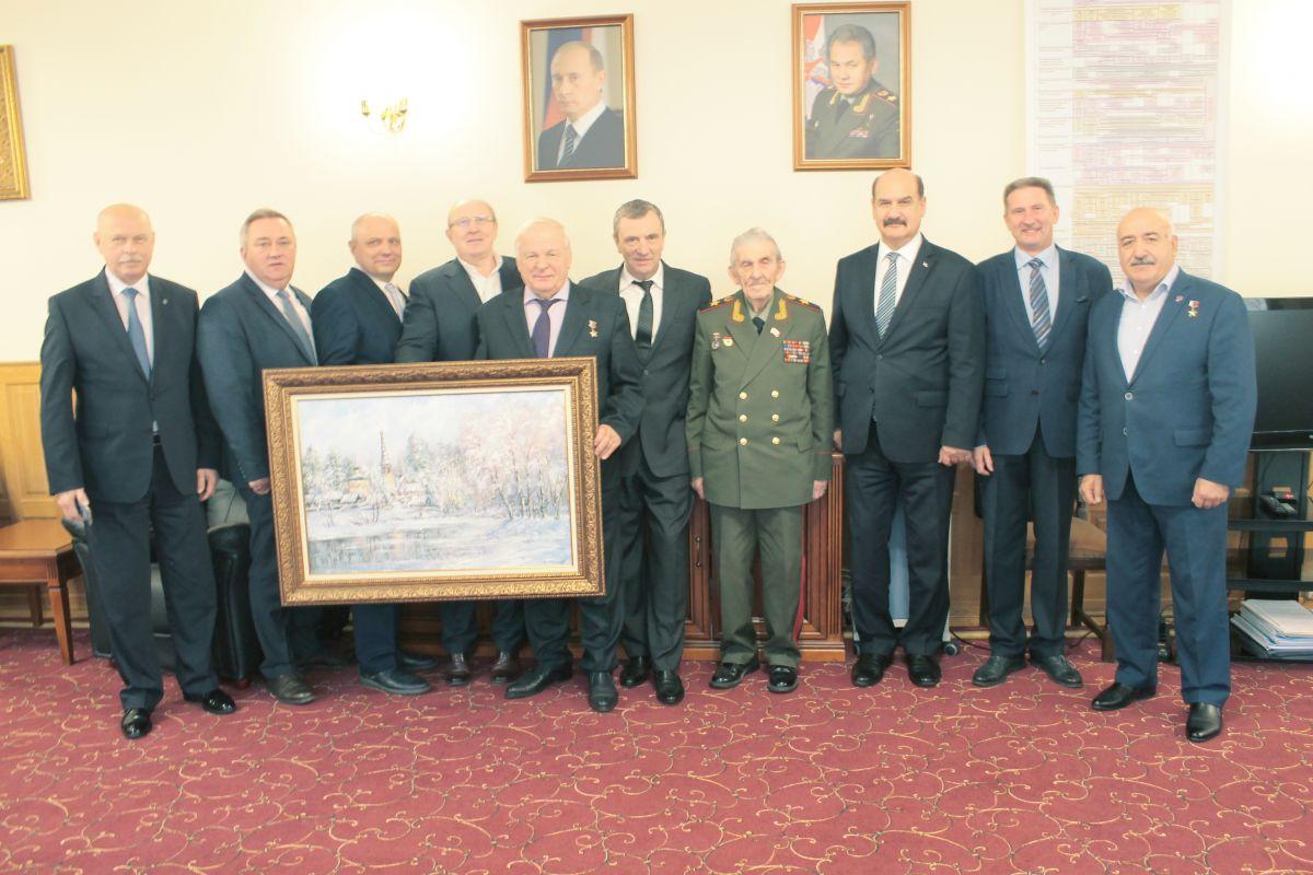 Председатель ДОСААФ Александр Колмаков встретился с генералом армии Владимиром Шуралевым