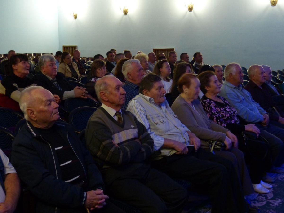 Симферопольская объединенная техническая школа ДОСААФ отметила 75-летие